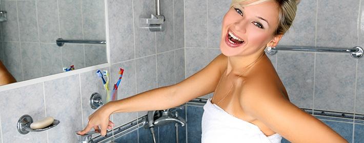 Чтобы зеркало в ванной не запотевало