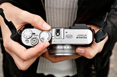 X100F Silver фото