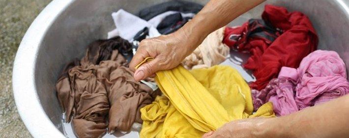Как вывести запах пота с одежды