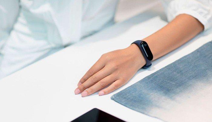 фото Фитнес-браслет Xiaomi Mi Band 3 Black