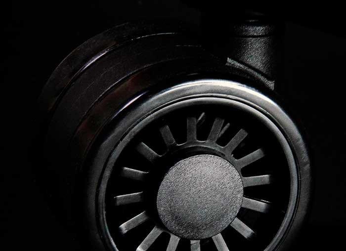 обзор Arc Phantom Black (HTC-985)