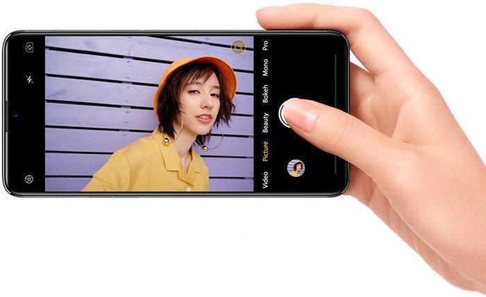 C16 Pro 3/32GB Black фотографии