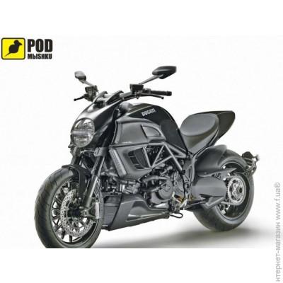 Podm�shku Ducati Diavel
